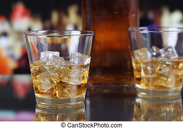 ガラス, ウイスキー, ∥あるいは∥, ウイスキー