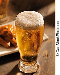 ガラス, 頭, 高い, ビール, 泡状である