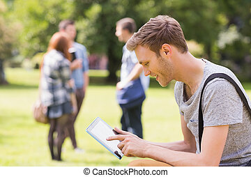 キャンパス, ハンサム, 勉強, 学生, 外