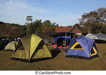 キャンプ, テント
