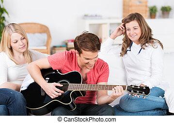 ギター, 男の子, ティーンエージャーの, 音楽, 遊び
