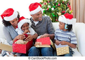 クリスマス, 開始, アフロ - american, プレゼント, 家族, 幸せ
