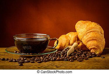 クロワッサン, コーヒー