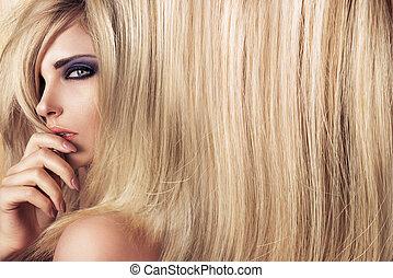 クローズアップ, 芸術の 肖像画, の, a, 若い, モデル, ∥で∥, 長い間, まっすぐな髪