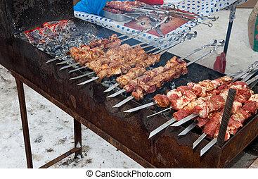 グリル, 肉, カバブ, outdor, (shashlik), 準備された, 木, 石炭, おいしそうである, 新たに, shish