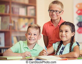 グループ, の, 学童, 勉強, ∥において∥, klassroom, 中に, 学校