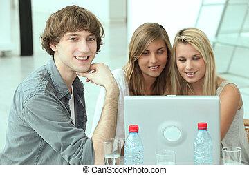 グループ, の, 生徒, 仕事