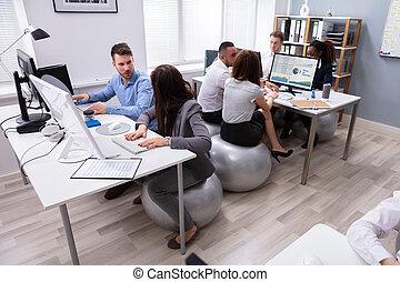 グループ, オフィス, 仕事, businesspeople, 間, 論じる