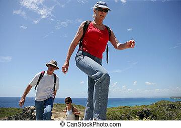 グループ, ハイキング, 日当たりが良い, 人, シニア, 日