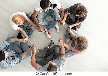 グループ, モデル, 上, ティーネージャー, 療法, 手を持つ, の間, 円, 光景
