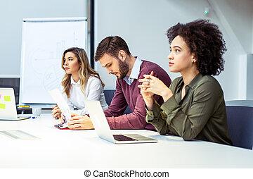 グループ, 人々ビジネス, オフィス, ミーティング, 仕事, コンピュータ