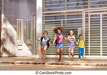 グループ, 学校, 後で, 操業, 幸せ