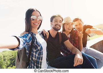 グループ, 彼女, モデル, selfie, 公園, bench., friends., 女の子, 作り, 観光客, ガラス