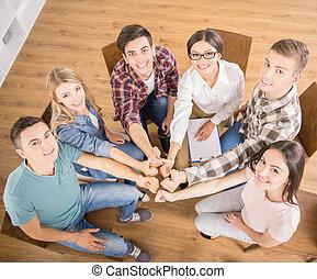 グループ, 相互作用