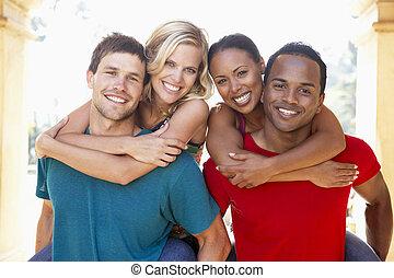 グループ, 若い, 一緒に, 楽しみ, 友人, 持つこと