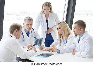 グループ, 論じなさい, x 線, 医者