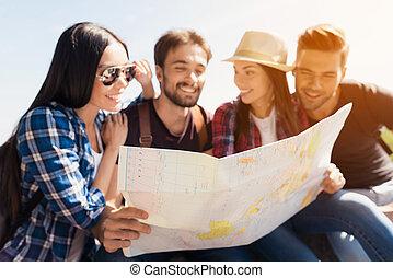 グループ, bench., モデル, next., 公園, 地図, 一緒に, 決定しなさい, 行きなさい, 世界, 彼ら, どこ(で・に)か, 観光客, 見なさい