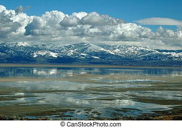 グレートソルト湖
