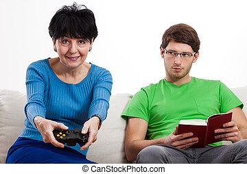 ゲーム, 女, ビデオ, 遊び, 年配