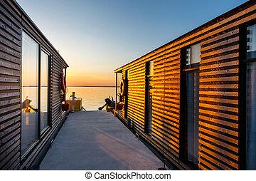 コテッジ, 浮く, 湖, 日の出