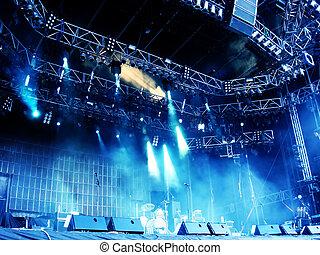コンサート, ステージ