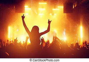 コンサート, ディスコ, パーティー。, 人々, 楽しい時を 過すこと, 中に, ナイトクラブ