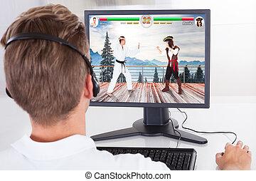 コンピュータを使って, 若者