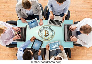 コンピュータ, ホログラム, bitcoin, ビジネス チーム