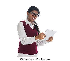 コンピュータ, 女性, タブレット, 隔離された, indian, 背景, 使うこと, 白, 偶然
