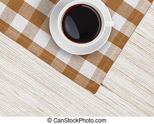 コーヒーカップ, 木製のこま, テーブル, テーブルクロス, 上に, 光景