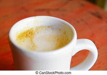 コーヒー, カプチーノ, カラフルである, カップ, クローズアップ, テーブル
