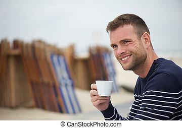 コーヒー, 人, 浜, 若い, 微笑