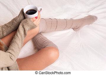 コーヒー, 女, カップ, モデル, ベッド, 飲むこと