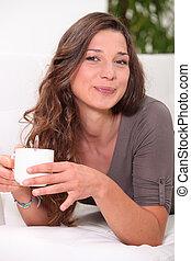 コーヒー, 女, 大袈裟な表情をしなさい, 保有物