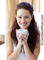 コーヒー, 寝室, 美しい, カップ, 女, 飲むこと