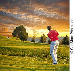 ゴルフ, カラフルである, に対して, 日没, 遊び, 人