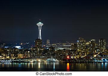 シアトルのスカイライン, 夜で