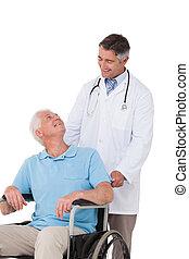 シニア, 医者, 車椅子, 患者, 押す