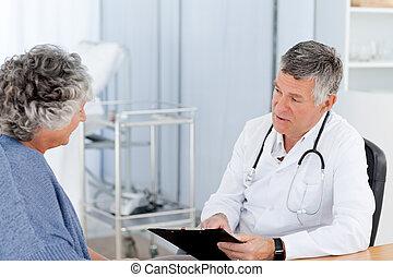 シニア, 彼の, 医者, 患者, オフィス