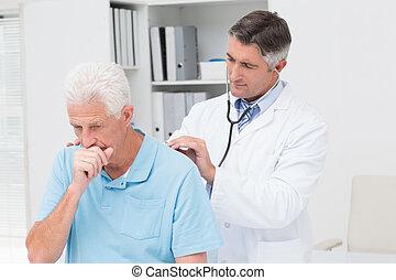 シニア, 検査, 医者, 患者, 咳をすること