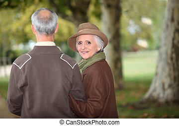 シニア, 歩くこと, 公園, 恋人