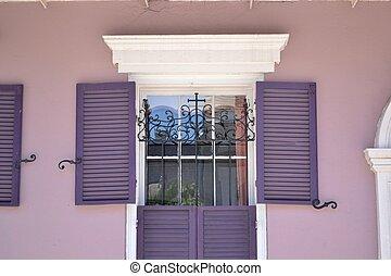 シャッターを閉められた, 窓, 中に, ∥, フラン, 四分の一