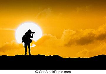 シルエット, の, カメラマン, ∥で∥, カメラ, ∥において∥, sunset.