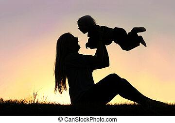 シルエット, 外, 笑い, 母, 赤ん坊, 遊び