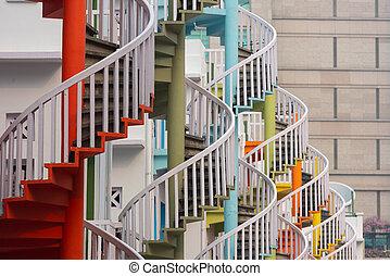 シンガポール, らせん階段