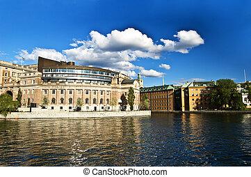 スウェーデン語, 議会