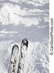 スキーをする, 上に, drop., 掛かること