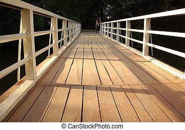 スケジュール, 木製の橋