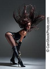 スタジオ, 女性のダンス