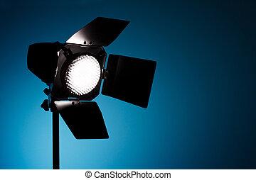スタジオ, 点 ライト, 上に, 青い背景